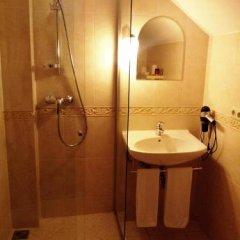 Отель ROWING Литва, Тракай - отзывы, цены и фото номеров - забронировать отель ROWING онлайн ванная фото 2