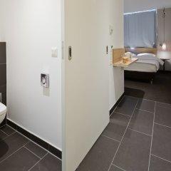 Отель Letomotel Munchen City Nord Мюнхен сейф в номере