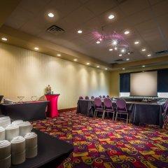 Отель Deerfoot Inn & Casino Канада, Калгари - отзывы, цены и фото номеров - забронировать отель Deerfoot Inn & Casino онлайн помещение для мероприятий