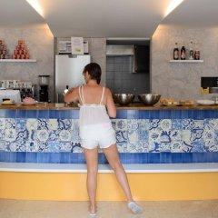 Hans Brinker Hostel Lisbon гостиничный бар