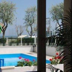 Hotel Costazzurra Римини бассейн фото 3