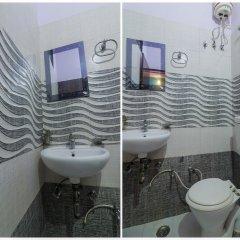 OYO 24615 Hotel Shivam Palace ванная
