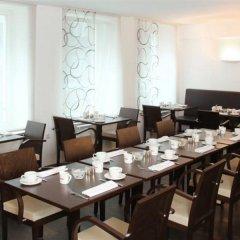 Отель Helvetia Hotel Munich City Center Германия, Мюнхен - 2 отзыва об отеле, цены и фото номеров - забронировать отель Helvetia Hotel Munich City Center онлайн питание фото 3