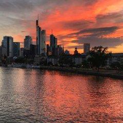 Отель Frankfurt Central Hostel Германия, Франкфурт-на-Майне - 1 отзыв об отеле, цены и фото номеров - забронировать отель Frankfurt Central Hostel онлайн приотельная территория