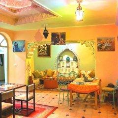 Отель Hostel Kif-Kif Марокко, Марракеш - отзывы, цены и фото номеров - забронировать отель Hostel Kif-Kif онлайн интерьер отеля