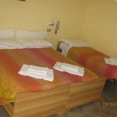 Hotel Carmen Viserba Римини комната для гостей фото 4