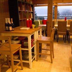 Отель Eagles Nest Vacation Home Rental Канада, Аптаун - отзывы, цены и фото номеров - забронировать отель Eagles Nest Vacation Home Rental онлайн питание фото 3