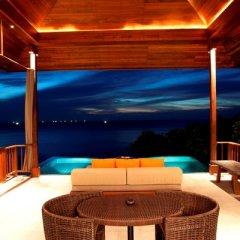 Отель Paresa Resort Phuket 5* Стандартный номер с различными типами кроватей фото 7