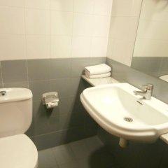 Отель Jaume I Испания, Барселона - 1 отзыв об отеле, цены и фото номеров - забронировать отель Jaume I онлайн ванная фото 2