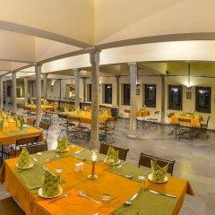 Hotel Aranyawas питание
