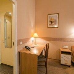 Гостиница Маршал 3* Стандартный номер с двуспальной кроватью фото 8