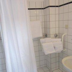 Отель Altdüsseldorf Дюссельдорф ванная фото 2