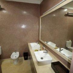 Отель Property With 6 Bedrooms in Rabat, With Terrace and Wifi Марокко, Рабат - отзывы, цены и фото номеров - забронировать отель Property With 6 Bedrooms in Rabat, With Terrace and Wifi онлайн ванная