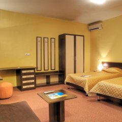 Luxor Hotel Смолян комната для гостей