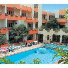 Отель Clover Holiday Complex Мальта, Каура - 1 отзыв об отеле, цены и фото номеров - забронировать отель Clover Holiday Complex онлайн бассейн фото 3