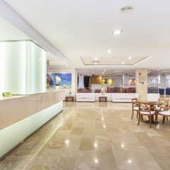 Globales Santa Ponsa Park Hotel интерьер отеля фото 2