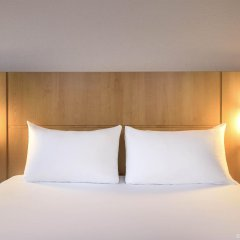 Отель Ibis Bilbao Centro комната для гостей фото 5