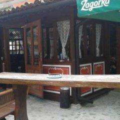 Отель Chuchura Family Hotel Болгария, Копривштица - отзывы, цены и фото номеров - забронировать отель Chuchura Family Hotel онлайн приотельная территория фото 2