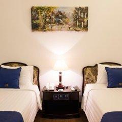 Hoa Binh Hotel сейф в номере