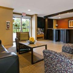 Отель Best Western Maple Ridge Hotel Канада, Мэйпл-Ридж - отзывы, цены и фото номеров - забронировать отель Best Western Maple Ridge Hotel онлайн комната для гостей фото 4