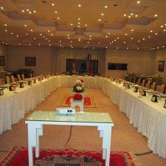 Отель Le Berbere Palace Марокко, Уарзазат - отзывы, цены и фото номеров - забронировать отель Le Berbere Palace онлайн помещение для мероприятий фото 2