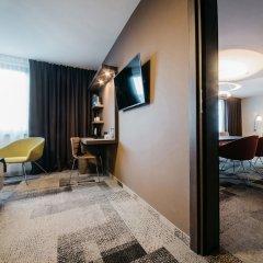 Q Hotel Plus Katowice сейф в номере