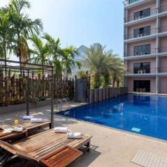Bhukitta Hotel & Spa бассейн фото 3