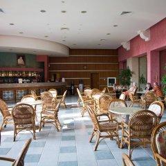 Hrizantema- All Inclusive Hotel гостиничный бар