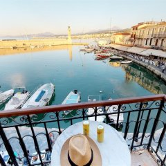 Отель Porto Enetiko Suites балкон