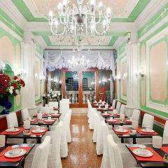 Отель Venice Roulette Hotel 4 Италия, Венеция - отзывы, цены и фото номеров - забронировать отель Venice Roulette Hotel 4 онлайн питание фото 2