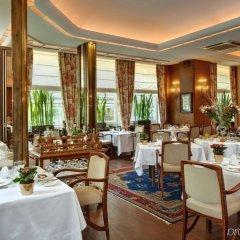 Отель Grand Cravat питание