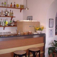 Отель Albergo Le Briciole Проччио гостиничный бар