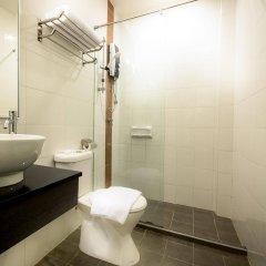 Отель Sentral Kuala Lumpur Малайзия, Куала-Лумпур - отзывы, цены и фото номеров - забронировать отель Sentral Kuala Lumpur онлайн ванная фото 2