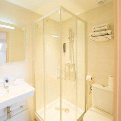 Отель Cannes Croisette Франция, Канны - отзывы, цены и фото номеров - забронировать отель Cannes Croisette онлайн ванная