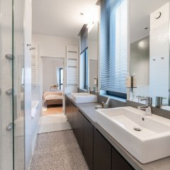 Отель Sweet Inn Apartments Régence Бельгия, Брюссель - отзывы, цены и фото номеров - забронировать отель Sweet Inn Apartments Régence онлайн ванная фото 2