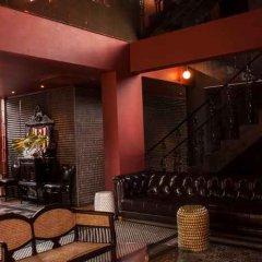 Отель Amdaeng Bangkok Riverside Hotel Таиланд, Бангкок - отзывы, цены и фото номеров - забронировать отель Amdaeng Bangkok Riverside Hotel онлайн гостиничный бар