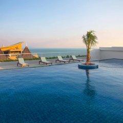 Rodina Beach Hotel бассейн фото 2