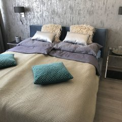 Апартаменты Dfive Apartments - Danube Corso комната для гостей фото 2