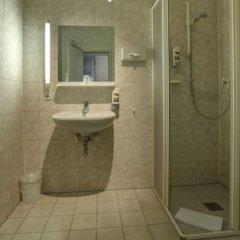 Отель und Rasthof AVUS Германия, Берлин - отзывы, цены и фото номеров - забронировать отель und Rasthof AVUS онлайн ванная фото 2