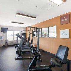Отель Comfort Suites Plainview фитнесс-зал фото 3