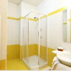 Отель Albergo Ristorante La Pineta Италия, Монтекассино - отзывы, цены и фото номеров - забронировать отель Albergo Ristorante La Pineta онлайн ванная фото 2