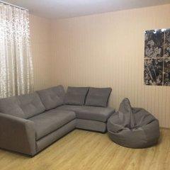 Апартаменты Apartment Etazhy Tokarey-Kraulya Екатеринбург комната для гостей