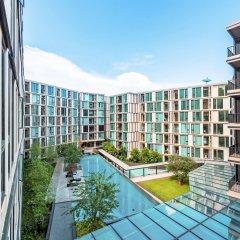 Отель THE BASE Uptown By Favstay Таиланд, Пхукет - отзывы, цены и фото номеров - забронировать отель THE BASE Uptown By Favstay онлайн балкон