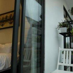 Отель Volar Homestay Хойан балкон