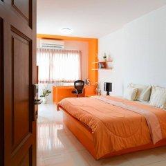 Отель Int Place Бангкок комната для гостей