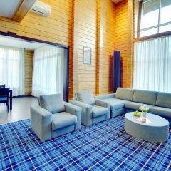 Гостиница LES Art Resort в Дорохово отзывы, цены и фото номеров - забронировать гостиницу LES Art Resort онлайн интерьер отеля фото 3