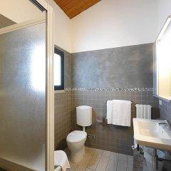Hotel Zi Martino Кастаньето-Кардуччи ванная