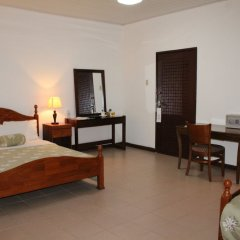 Embassy Suites Hotels & Restaurant in Monrovia, Liberia from 184$, photos, reviews - zenhotels.com guestroom photo 3
