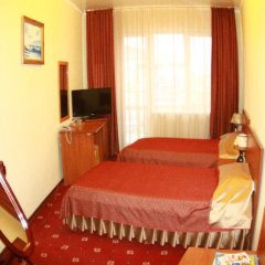 Гостиница Плаза 4* Стандартный номер 2 отдельные кровати фото 3