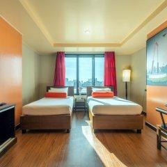 Отель Bangkok Cha-Da Hotel Таиланд, Бангкок - отзывы, цены и фото номеров - забронировать отель Bangkok Cha-Da Hotel онлайн сейф в номере